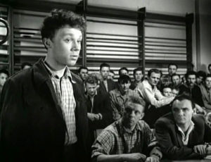 Кадр из фильма «Непридуманная история»