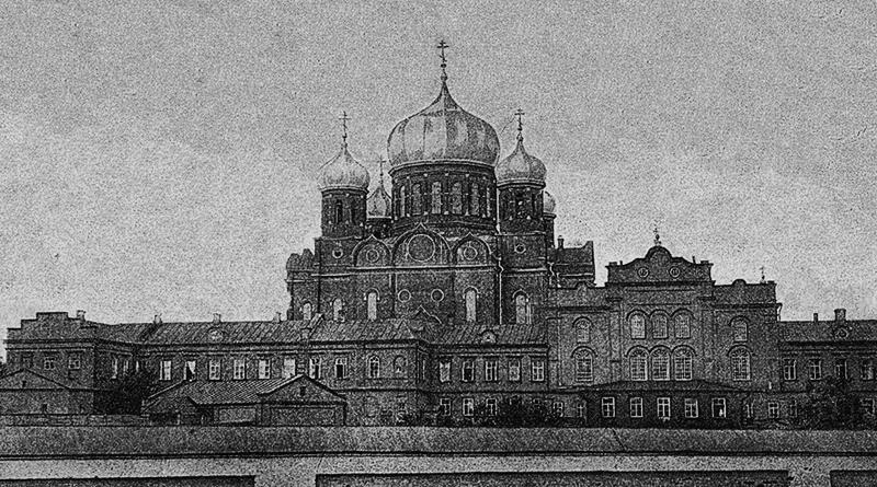 Боголюбский женский монастырь и Боголюбский кафедральный собор. Фото начала ХХ века