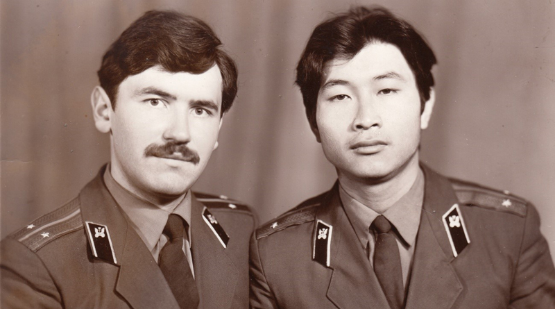 Лейтенанты Сухачёв и Хван